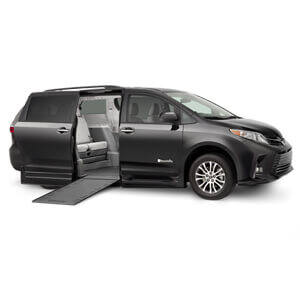 Onyx 2018 Toyota Wheelchair Van with side entry manual ramp